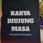 Menulis novel untuk tugas sekolah